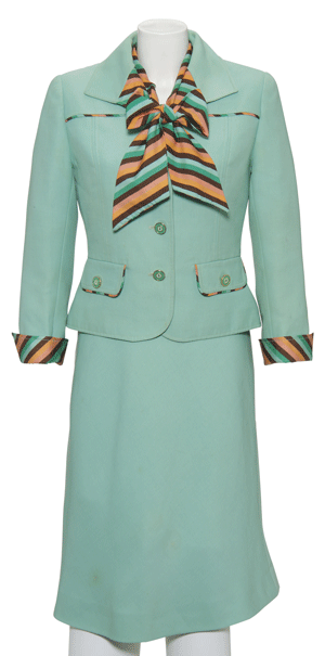 Margaret-Thatcher-suit-Courtesy-of-Christie's
